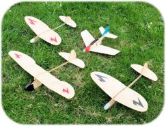 Chuck/Catapult Gliders