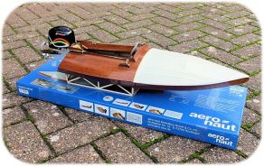 AeroNaut Outboard Racing Boat Kits & TFL Motors